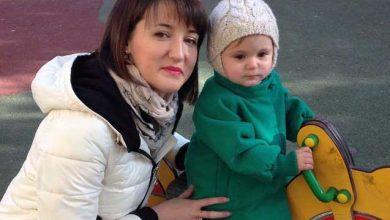 """Photo of """"Am ascuns sarcina 7 luni, ca medicii să nu mă oblige să avortez"""". Povestea unei moldovence bolnave de cancer, care a născut un copil perfect sănătos"""