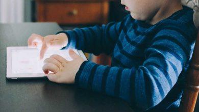 """Photo of VIRAL pe NET: """"Mi-am nenorocit copilul cu tableta!"""" Avertismentul unei mame care și-a lăsat prea mult copilul foarte mic să interacționeze cu dispozitivele """"inteligente"""""""