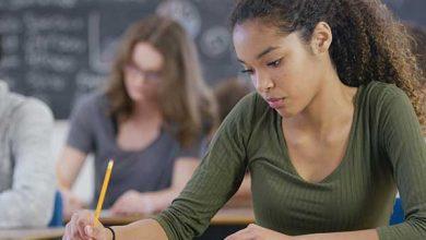 Photo of Studiu, SUA: Tot mai mulți adolescenți își păstrează fecioria. Family Research Council: Politicile publice în educație au presupus exact contrariul și i-au expus pe tineri la comportamente de risc