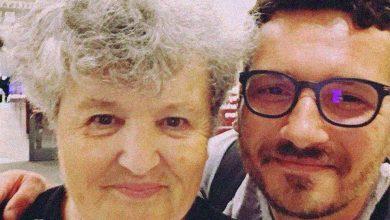 """Photo of """"La mulți ani, Mămica!"""" Emoționant portret făcut de un fiu mamei"""