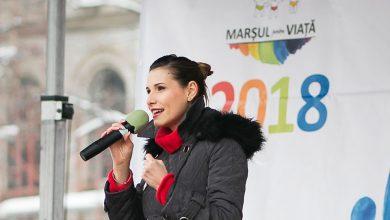 """Photo of VIDEO & Versuri. Ioana Picoș cântă imnul Marșului pentru viață 2018 – """"O lume pentru viață"""""""