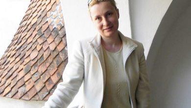 """Photo of Av. Ana-Corina Săcrieru: """"Etichetarea ca metodă de manipulare si dezinformare – un exemplu de hate-speech"""""""