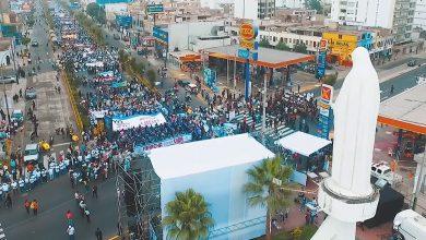 Photo of FOTO, VIDEO. Ce nu ai văzut la televizor: 800.000 de participanți la Marșul pentru Viață de la Lima, Peru (5 mai 2018)