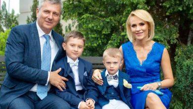 """Photo of Gabriela Firea, Primarul Bucureștiului, votează DA: """"Familia este legătura noastră cu trecutul și puntea către viitor"""""""