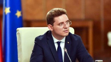 """Photo of """"Căsătoria"""" homosexuală pe repede înainte: Ministrul Victor Negrescu anunță parteneriatul civil"""