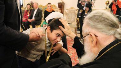 Photo of Patriarhul Georgiei s-a întâlnit cu mai mulţi copii cu dizabilităţi