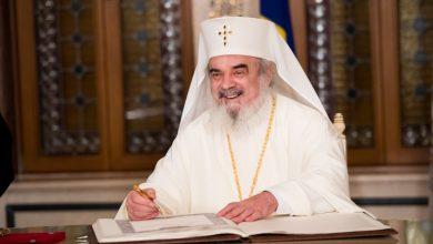 """Photo of Traian Băsescu: Patriarhul Daniel, """"Omul Centenarului"""""""