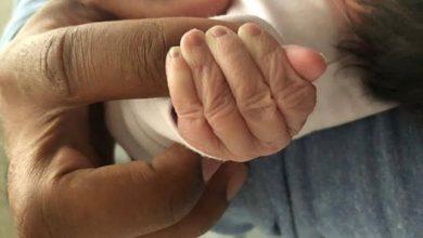 Photo of Actriţă Andreea Ibacka a născut o fetiţă. Vestea a fost dată chiar de soţul ei, Cabral Ibacka, prin intermediul unei fotografii postate pe Facebook