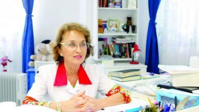 Photo of Liliana Pădure, doctorița născută prematur cu malformații congenitale, erou pentru copiii cu aceleași afecțiuni