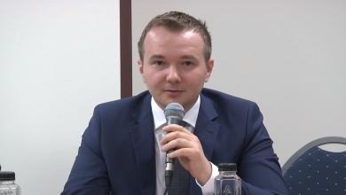 """Photo of VIDEO & transcript parțial. Dep. Daniel Gheorghe la conferința de presă """"APĂRAȚI COPIII ROMÂNIEI. Spuneți NU ideologiei de gen în educație"""""""
