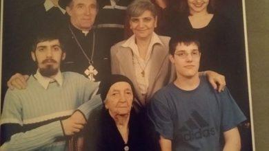 "Photo of Preoteasa Florica Ichim: ""Și noi era să fim avortați"""