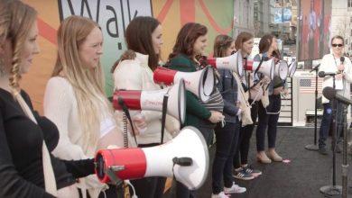 Photo of Șapte inimi de copii nenăscuți au bătut live la Marșul pentru viață de pe Coasta de Vest