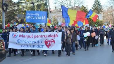 Photo of FOTO, VIDEO. Luna pentru viață și Marșul pentru viață 2019 Botoșani