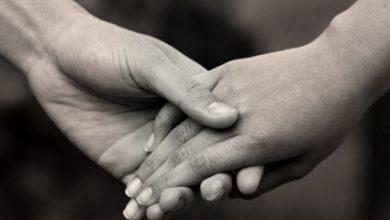Photo of Parteneriat civil? Iubirea nu se votează, ci se întâmplă fără ștampilă – dar se poate împlini prin căsătorie