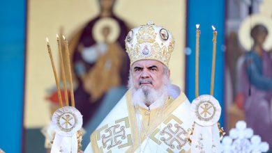 """Photo of Patriarhul Daniel despre Sf. Constantin cel Mare: """"A dat legi inspirate din credința creștină. A întărit familia. A suprimat tortura. A înființat, alături de Sfânta Elena, instituții de ajutorare"""""""