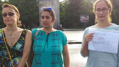 Photo of FOTO. Protest pentru Sorina la București