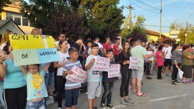 Photo of VIDEO. BAIA DE ARAMĂ, CRAIOVA, FRANKFURT. Manifestări publice de solidaritate cu Sorina și cu foștii ei părinți sociali