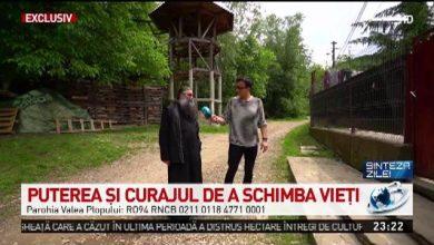 """Photo of Povestea părintelui Tănase de la Valea Plopului, tată pentru 400 de copii, subiectul emisiunii """"Sinteza zilei"""" a prezentatorului Mihai Gâdea"""