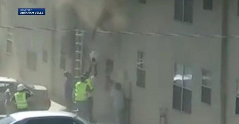 Photo of New Mexico – Doi copii mici salvați din incendiu de un muncitor în construcții