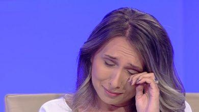 """Photo of Duminică dimineață Sorina a părăsit România. Familia Șărămăt a aflat aceasta în direct la """"Sinteza zilei"""" de la Antena 3 TV"""