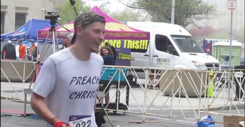 Photo of Tânăr seminarist din New York va înota 3.8 km, pedala 185 km și alerga un maraton pentru cauza pro-viață