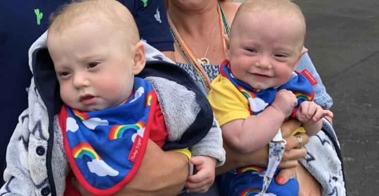 Photo of Gemenii Ruben și Jason născuți la 22 de săptămâni și 6 zile, cu o săptămână mai devreme decât termenul legal pentru avort din Marea Britanie, au avut prima aniversare