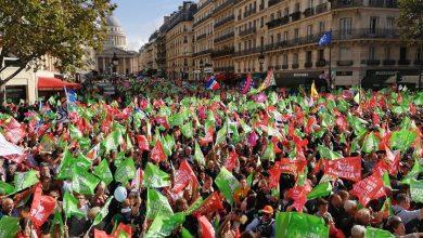 """Photo of """"Liberté, Egalitaté, Paternité"""": 600.000 de francezi cer retragerea legii care le dă acces lesbienelor și celibatarelor la procrearea asistată medical"""