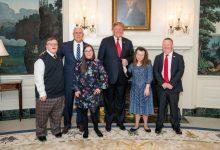 Photo of Trump condamnă avortarea copiilor cu Sindrom Down