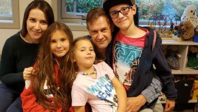 """Photo of """"Inimile noastre sunt frânte"""". În Norvegia, Barnevernet ia custodia permanentă a trei copii americano-lituanieni"""