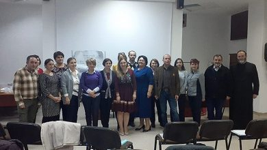 Photo of ALBA IULIA: Educație pentru viață și familie printr-un parteneriat Școală-Biserică-Familie