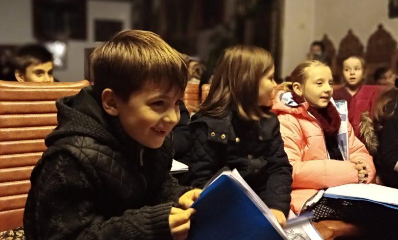Photo of Parohia Toma Cozma din Iași organizează un festival-concurs de colinde pentru școlile din județul Iași și curs de colinde tradiționale