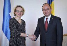 Photo of Ministrul Bogdan Aurescu i-a cerut Ambasadorului Finlandei menținerea legăturii cu mama și respectarea intereselor Mariei și ale lui Mihai Smicală
