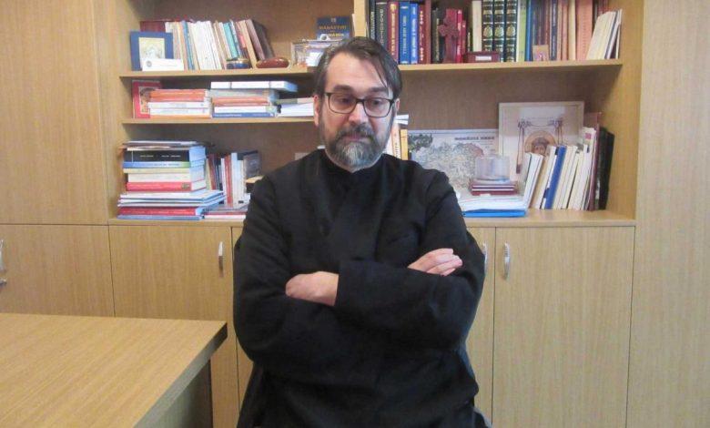 Photo of Tudor Călin Zarojanu descoperă cum a murit și a înviat la Revoluție Constantin Jinga, filologul devenit apoi teolog
