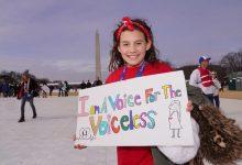 Photo of Alexandra Nadane a selectat cele mai frumoase pancarte de la Marșul pentru viață 2020 de la Washington, DC