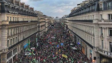 """Photo of """"LIBERTATE, EGALITATE, PATERNITATE"""": Toți copiii au un tată. Sute de mii de francezi cer oprirea legii reproducerii asistate pentru  lesbiene"""