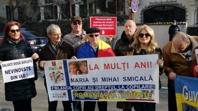 Photo of Proteste pentru eliberarea copiilor Smicală la București și Pfaffenhofen an der Ilm, Germania