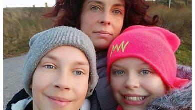 """Photo of Camelia Smicală: """"Vă rugăm frumos să nu-i lăsați să-i distrugă pe Mihai și pe Maria! Uitați-vă la pozele cu ei când erau acasă!"""""""