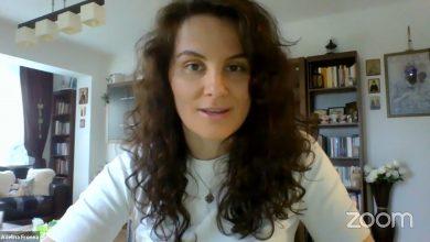 Photo of Adelina Fronea, psiholog, cheamă femeile post-abortive să-și spună povestea. Începe ea însăși / Discurs la Marșul pentru viață 2020 București online