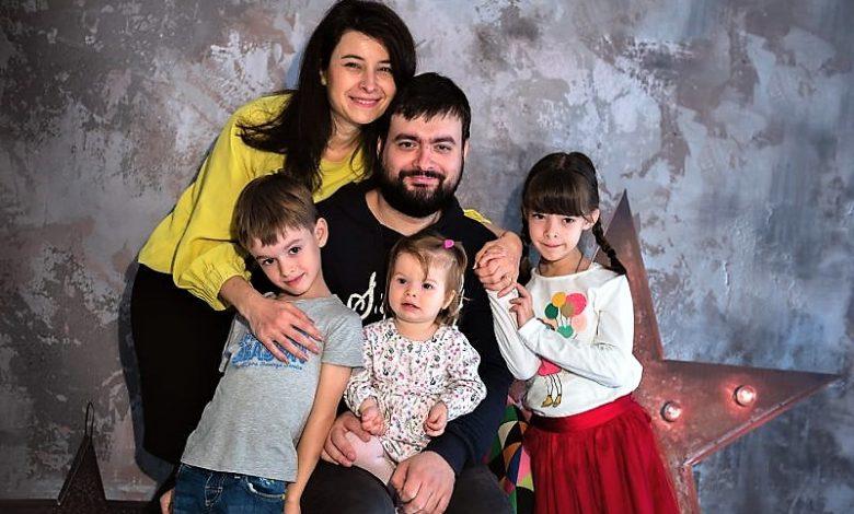 Photo of Mădălina Andreescu, povestitoare: Citiți-le copiilor voștri! Strânși împreună, unii lângă alții…