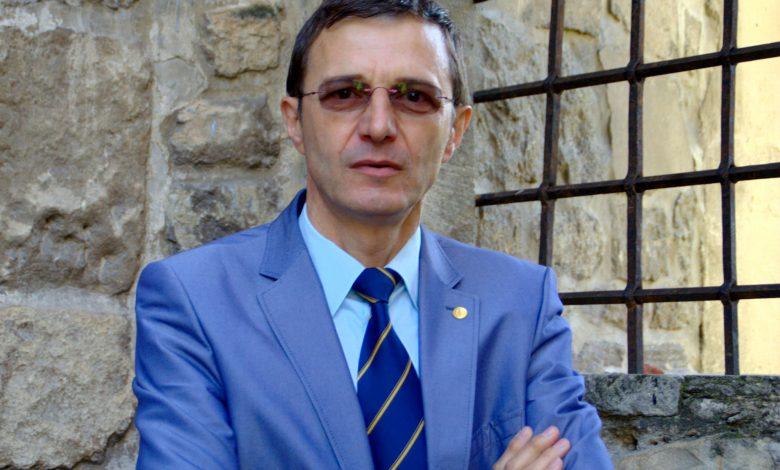 """Photo of Ioan Aurel Pop: """"Fervoarea demolării"""""""