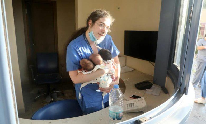 Photo of Asistenta-erou salvează trei nou-născuți după explozia terifiantă de la Beirut